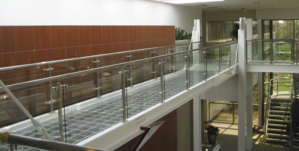 P Series Post Railing Systems Installation Image Gallery